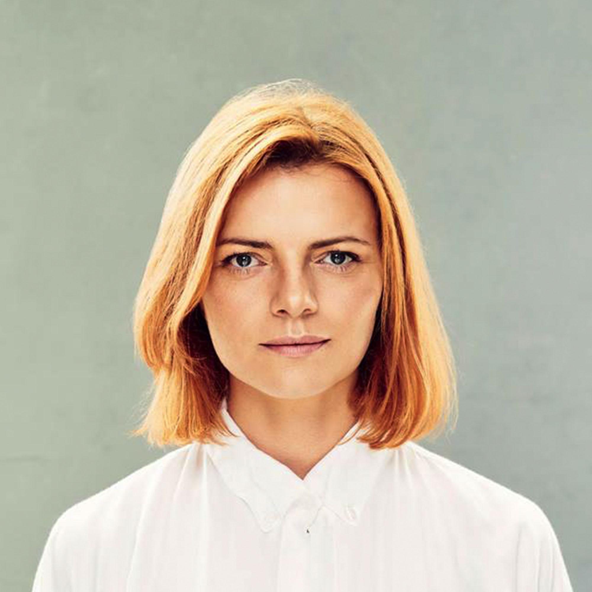 anna kopaczewska hairstylist